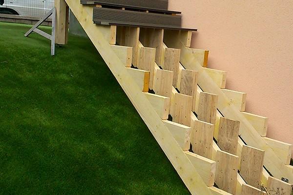 rénovation extérieure nouvel escalier - solutions travaux rénovation