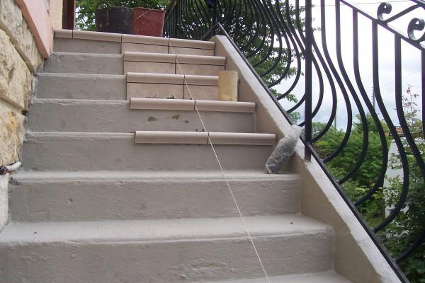 rénovation extérieure agrandissement escalier avant - solutions travaux rénovation